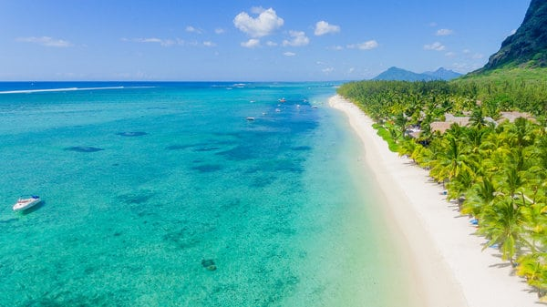 Lux Le Morne - Strand luchtfoto