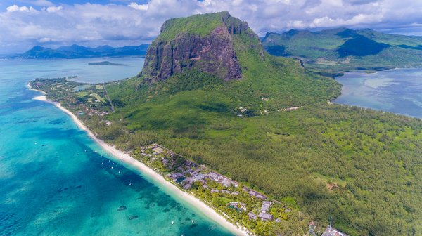 Lux Le Morne - Luchtfoto berg