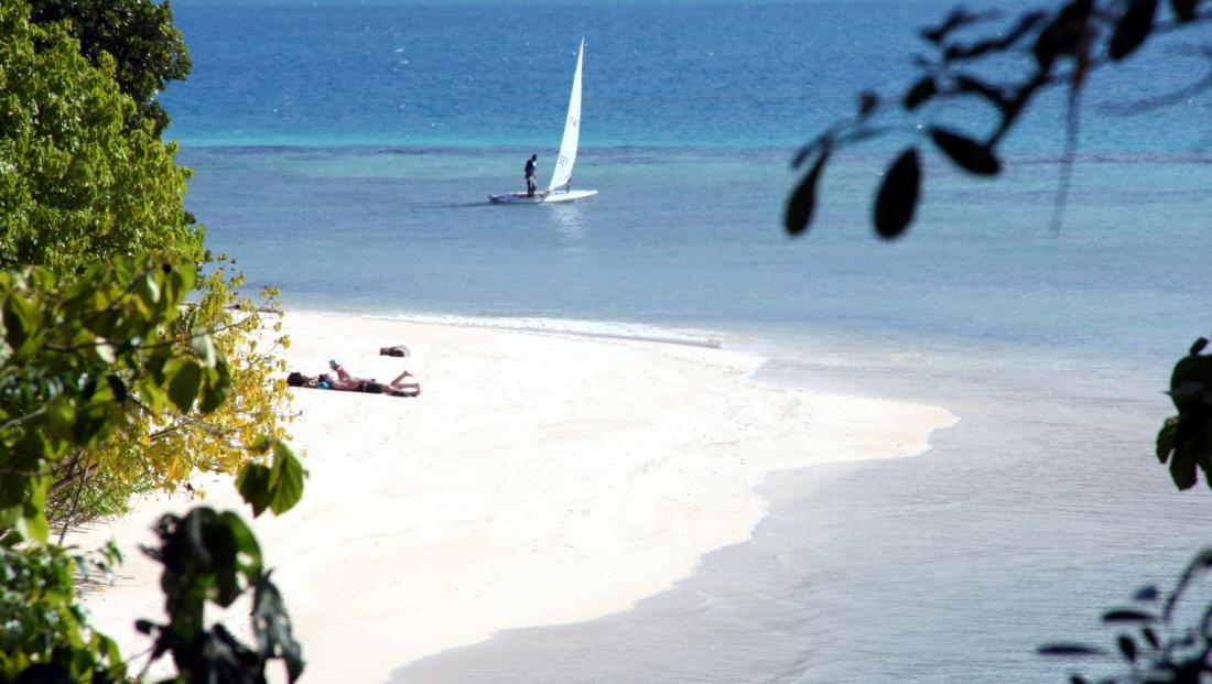 Cerf Island Resort - strand en zee