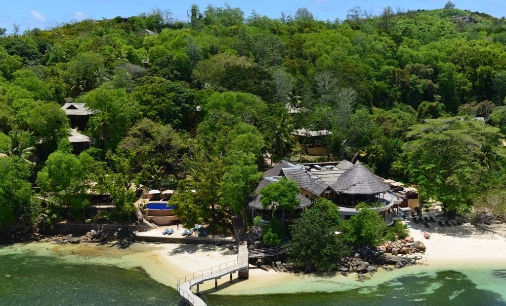 Cerf Island Resort - van bovenaf