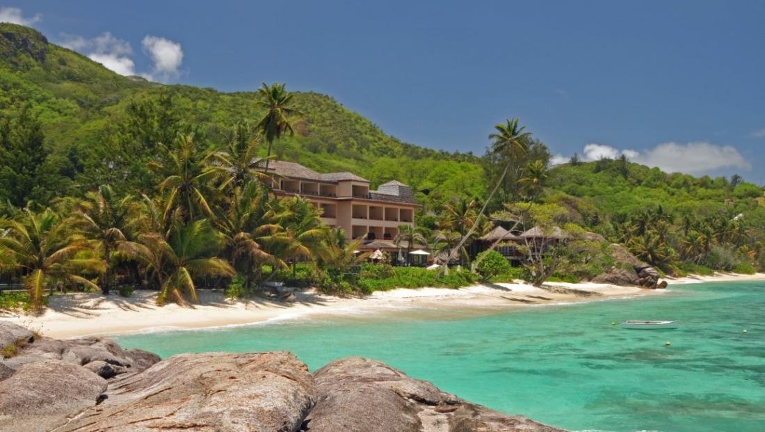 Doubletree Allamanda Resort - vanaf zee