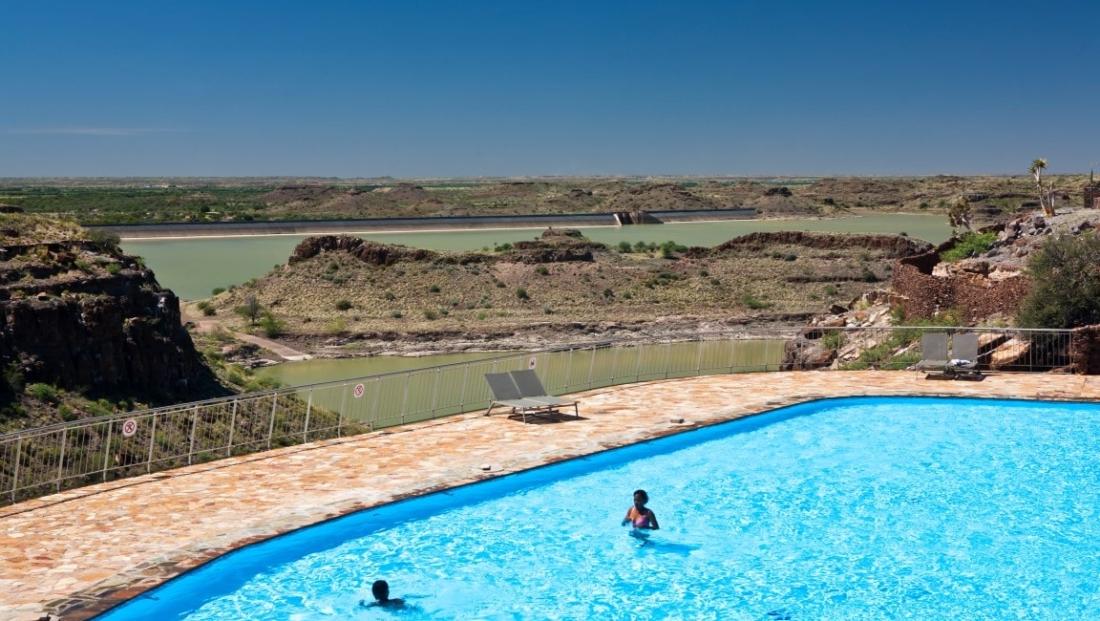 Hardap Resort - zwembad