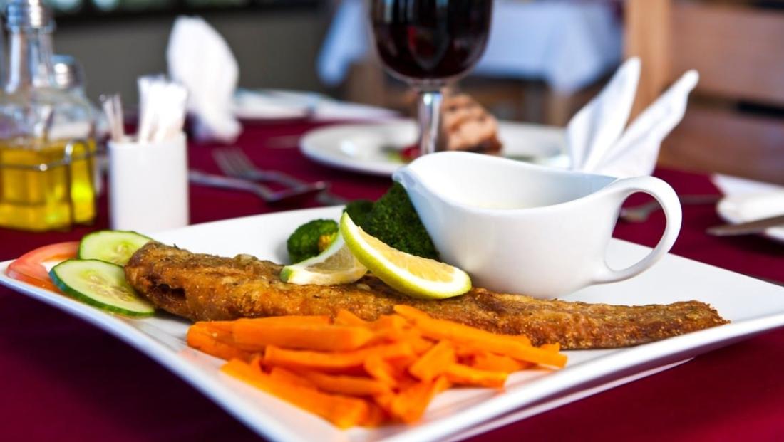 Hardap Resort - hoofdgerecht vis