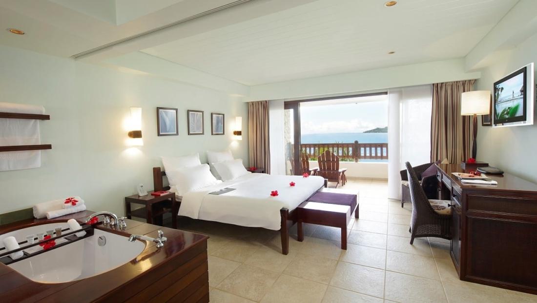 Le Meridien Fishermans Cove - hotelkamer