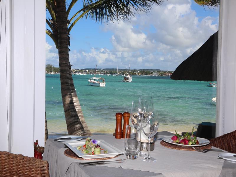20 Degrees Sud - Uitzicht over de oceaan vanuit restaurant