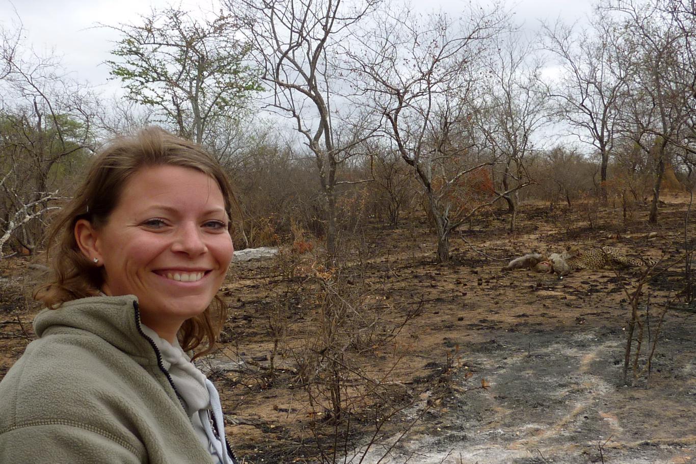 Rangercursussen: een unieke ervaring met bijzondere belevenissen, bijvoorbeeld etende cheetahs met welpjes op steenworp afstand!