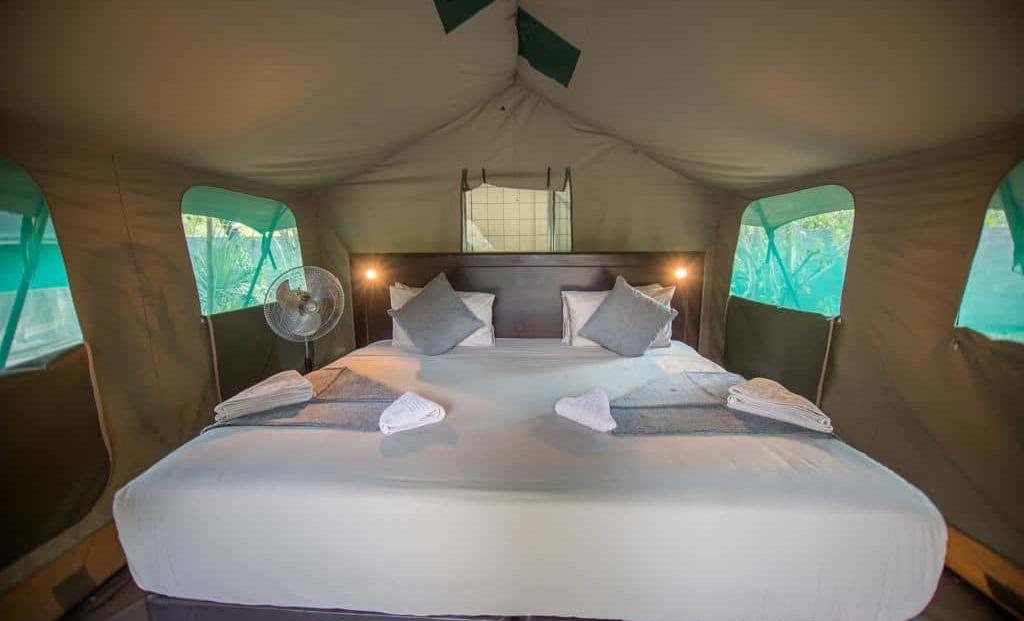 Mochaba Crossing - Comfortabele bedden in en-suite safari tent