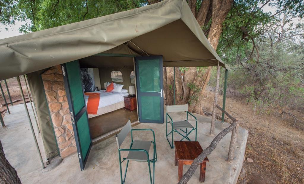 Serolo Safari Camp - Safari tent met eigen terrasje midden in de bush