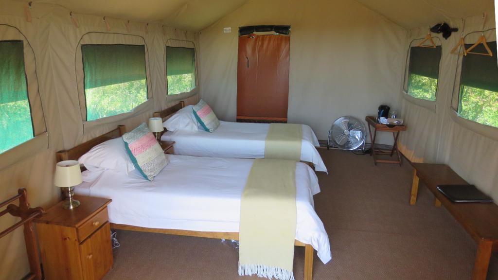 Woodbury Tented Camp - slaapkamer