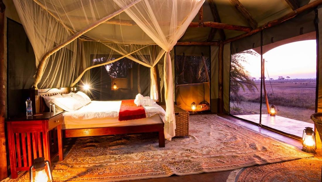 Busanga Plains Camp - interieur tent