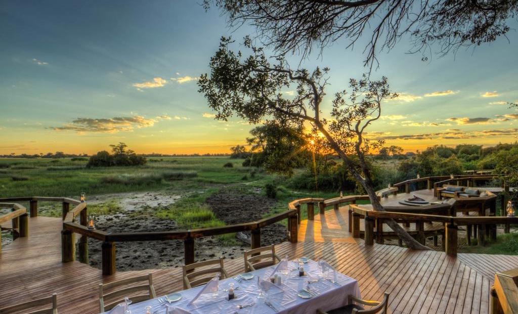 Camp Okavango - Diner bij zonsondergang