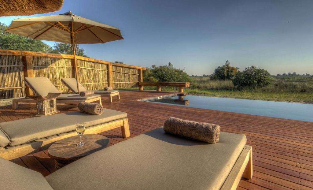Camp Okavango - Zwembad met uitzicht over de natuur