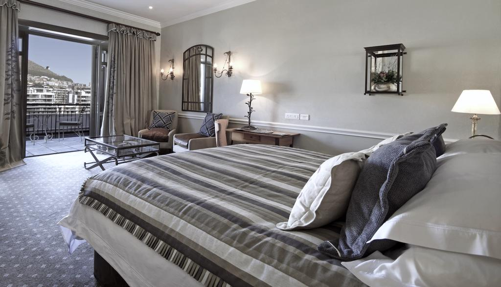 Luxe reizen Zuid-Afrika: Vanuit uw kamer bij Cape Grace een fantastisch uitzicht over Kaapstad.