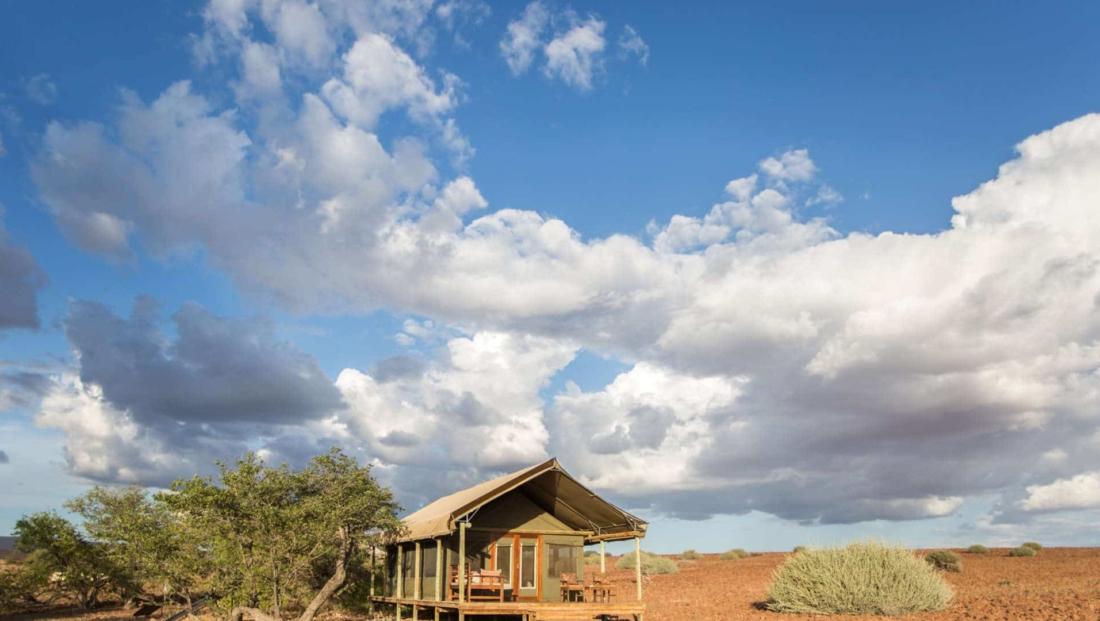 Desert Rhino Camp - En-suite safaritent met veel privacy