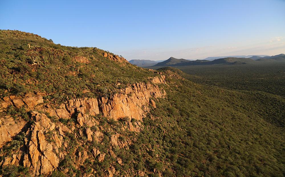 Erindi Game Reserve - bergachtig landschap