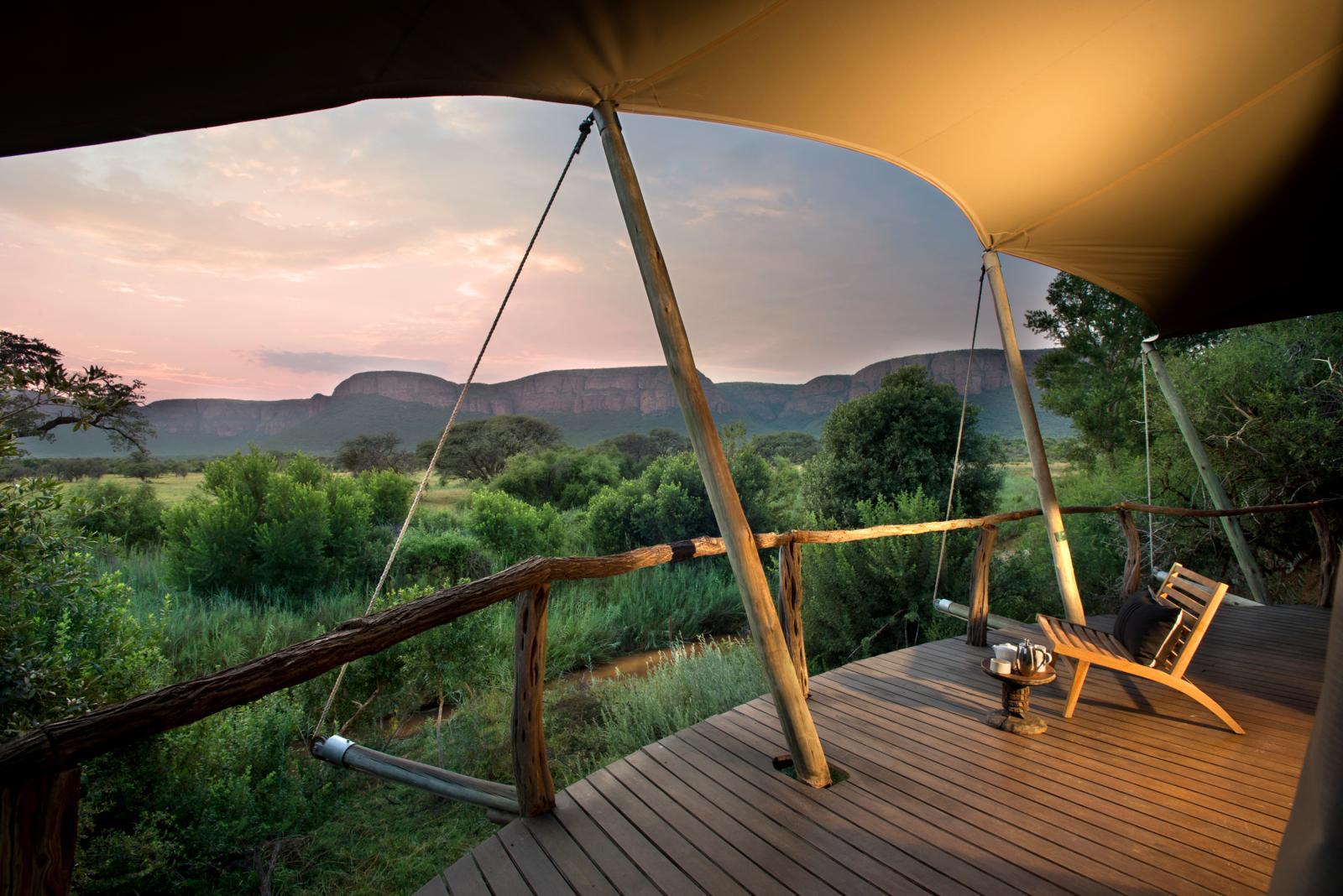 Luxe reizen Afrika - Uitzicht vanaf kamer bij Marataba Safari Lodge