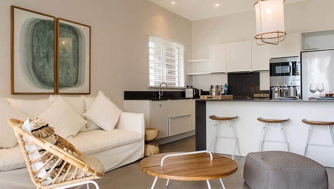 O'Biches - Keuken en woonkamer