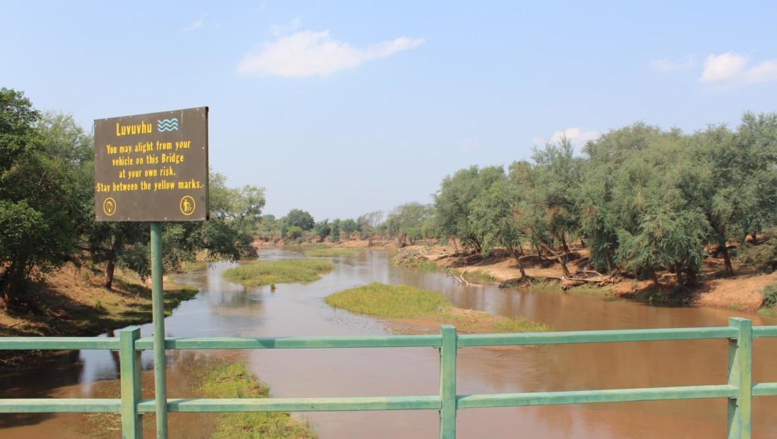 Kruger NP - Levuvhu Bridge in het noorden