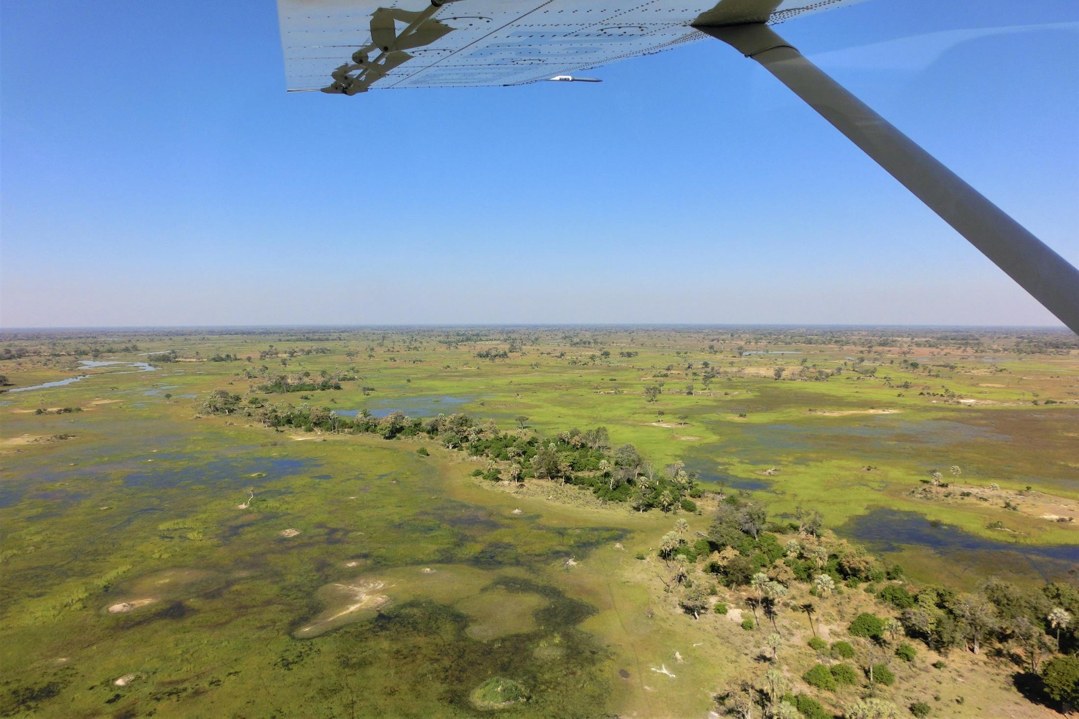 Luxe Reizen Botswana - Uitzicht over de Okavango Delta vanuit vliegtuigje
