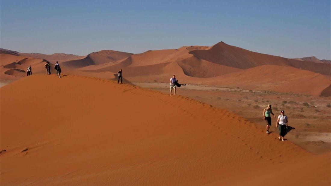 Sossusvlei - Wandelen over de duinen