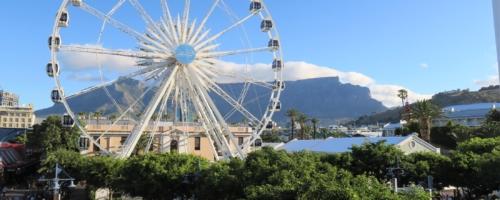 Kaapstad - Reuzenrad met Tafelberg op de achtergrond