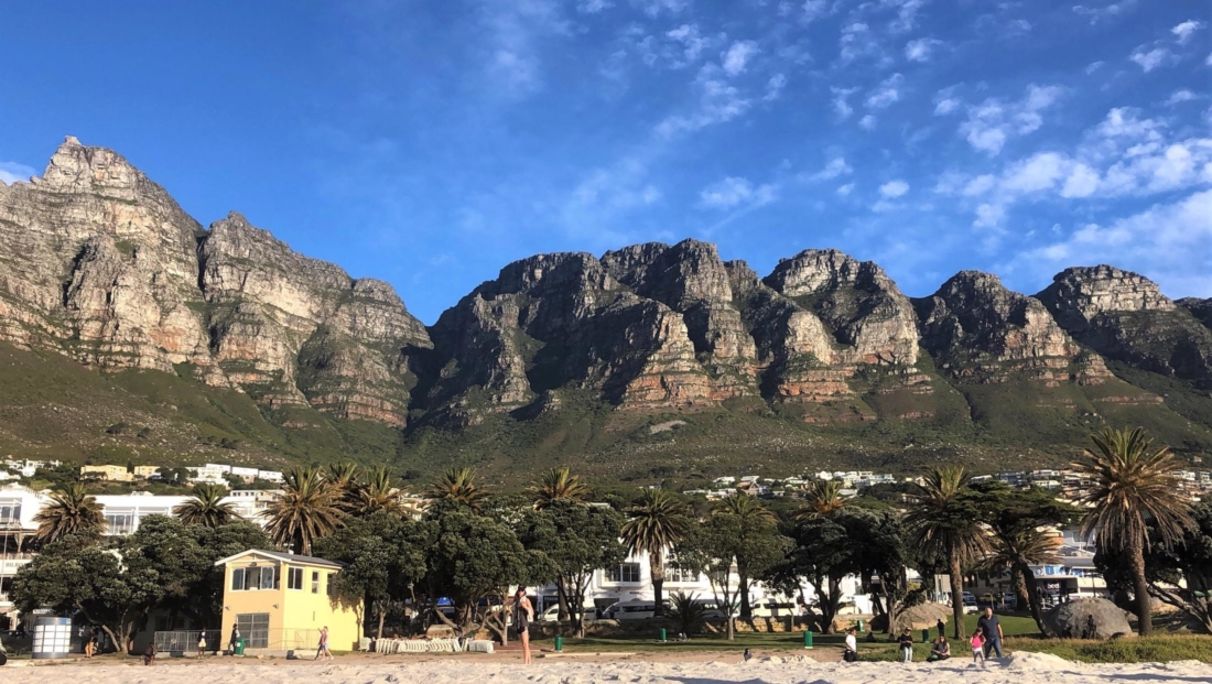 Kaapstad - Twelve Aposteles vanaf het strand