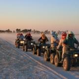 Rondreizen Botswana - Makgadikgadi Zoutpannen quad bike tocht over de vlaktes