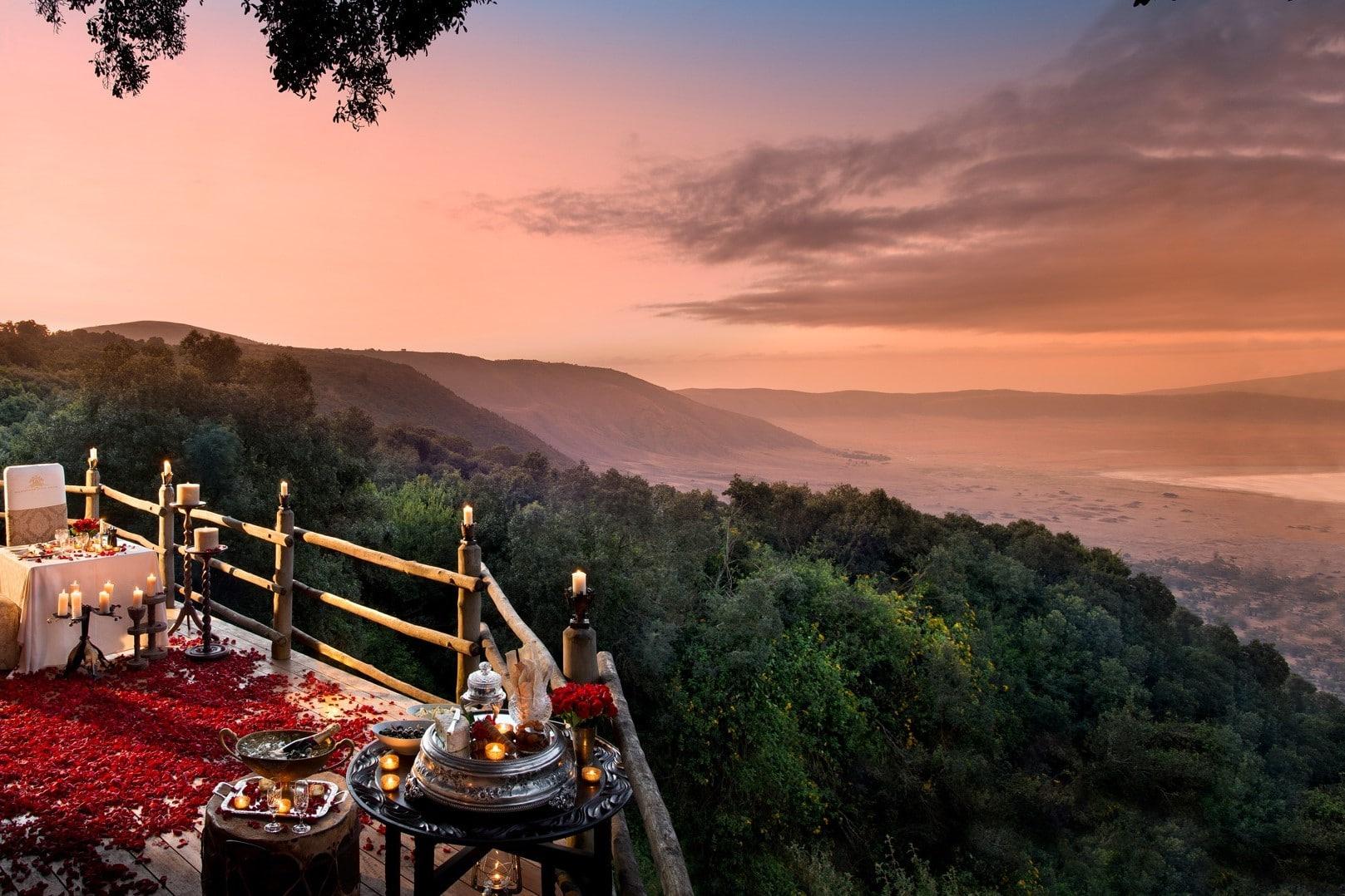 Luxe reizen Tanzania - De spectaculaire locatie van Ngorongoro Crater Lodge