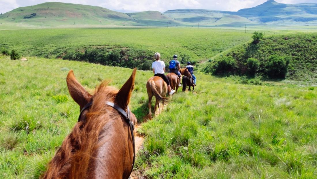 Montusi - Paardrijden