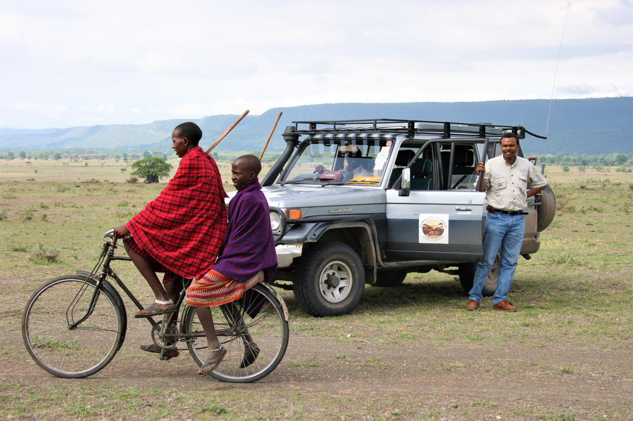 Luxe reizen Tanzania - Privé safari voertuig met eigen gids