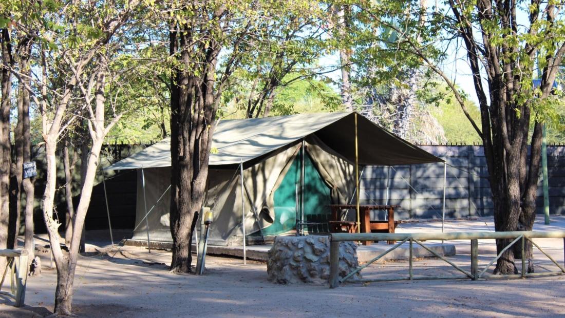 Audi Camp - Eenvoudige safari tent