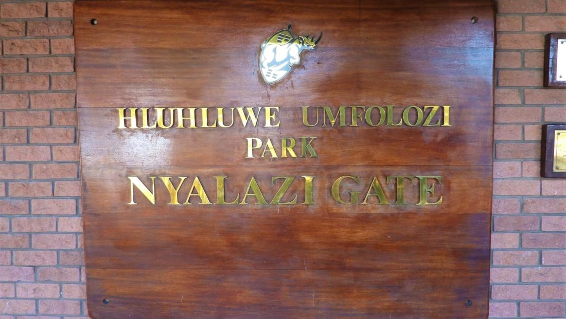 Hluhluwe-Imfolozi - Bord Nyalazi toegangshek