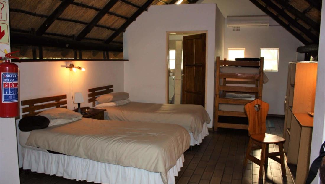KwaNokeng Lodge - Eenvoudige en-suite slaapkamers